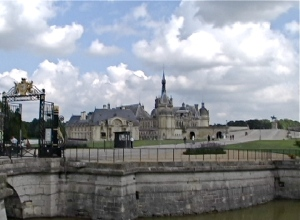 grand entrance chantilly