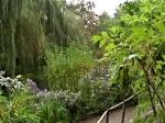 monet's garden bit o pond