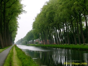 033_the road back to brugge, belgium