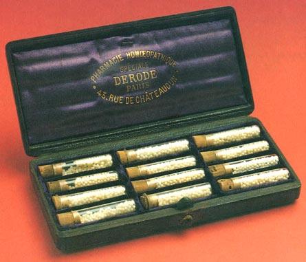 Dr. Gachet's homeopathic medicine kit