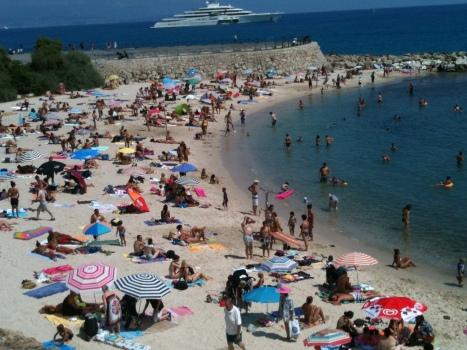 beach antibes august