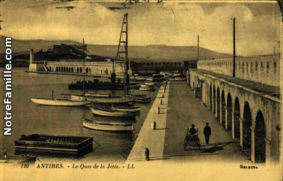 cartes-postales-photos-Le-Quai-de-la-Jetee-ANTIBES-6600-11818-20080426-8l0s7m7t2c2k7f7x5n7g.jpg-1-maxi
